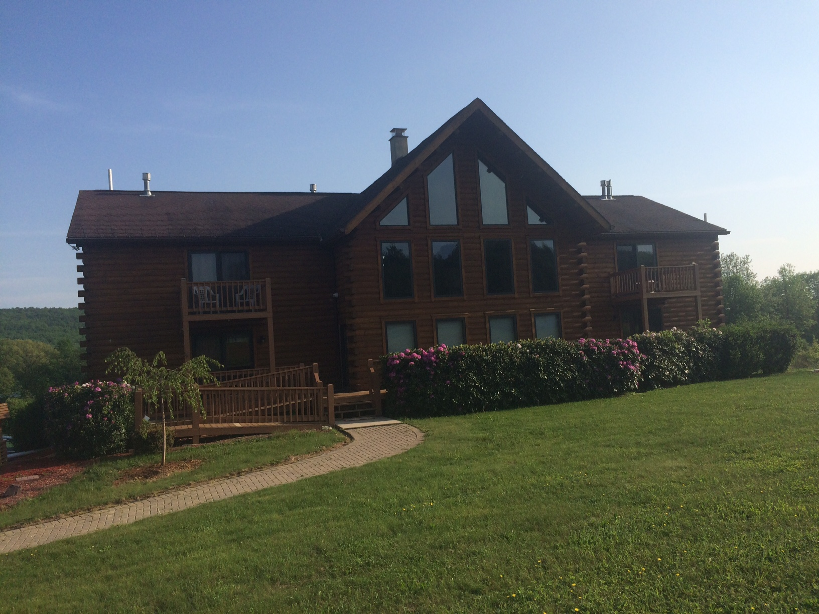 Lake View Lodge Rentals & Retreats