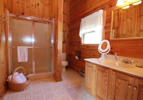 Bathroom - Lake View Lodge