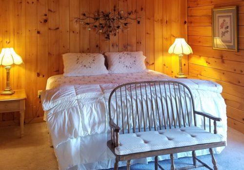 Bedroom Suite - Lake View Lodge